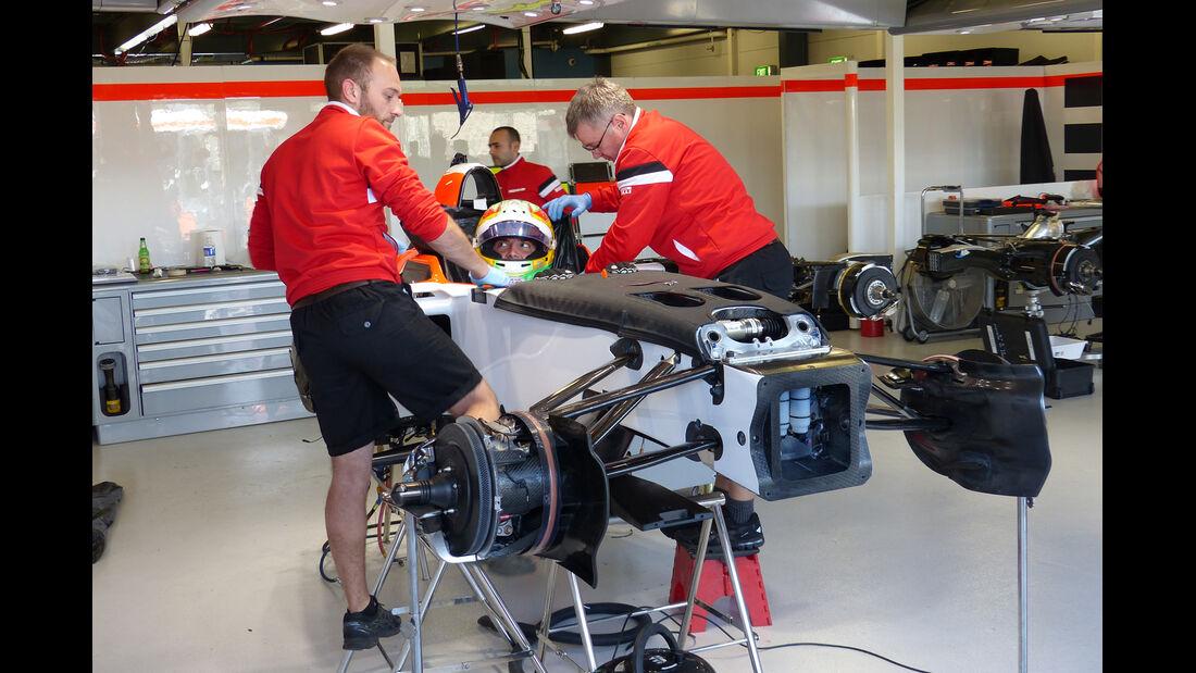 Roberto Merhi - Manor Marussia - Formel 1 - GP Australien - Melbourne - 11. März 2015