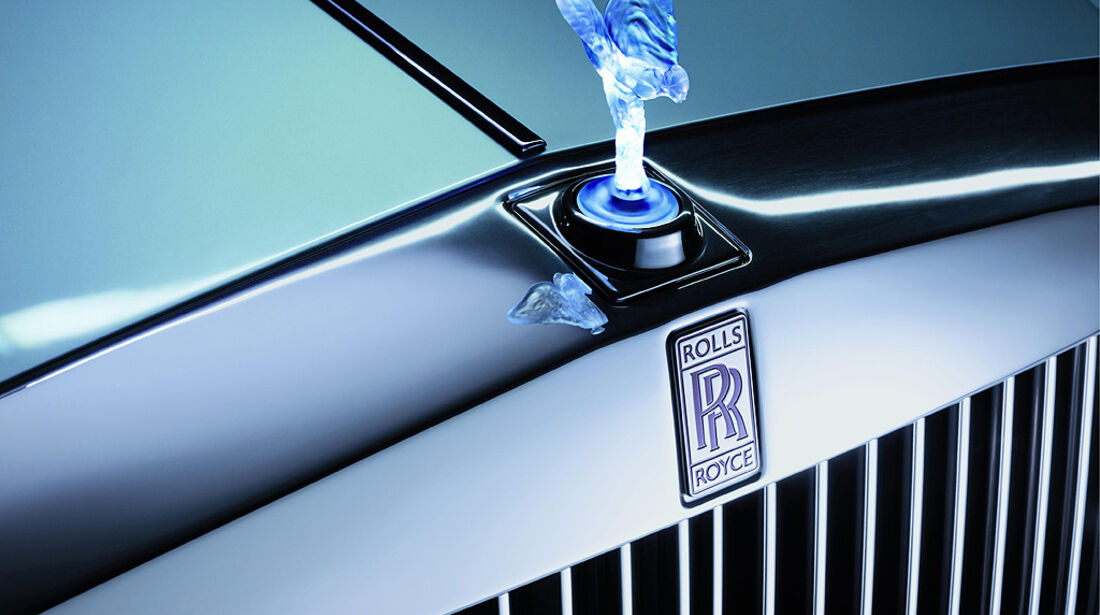 Rolls-Royce 102EX, Kühlerfigur, Emily, Spirit of Ecstasy