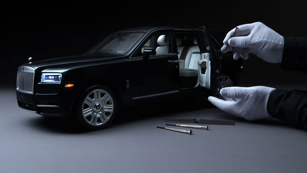 Rolls-Royce Cullinan 1:8 Modell