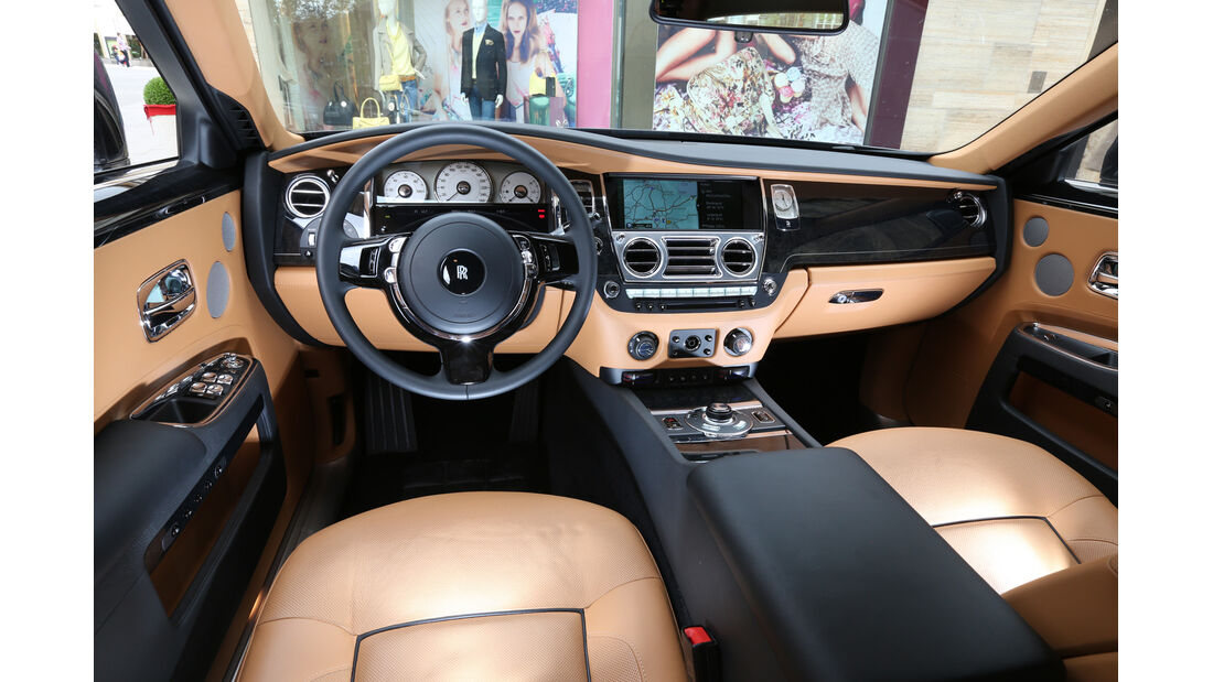 Rolls-Royce Ghost, Cockpit, Lenkrad
