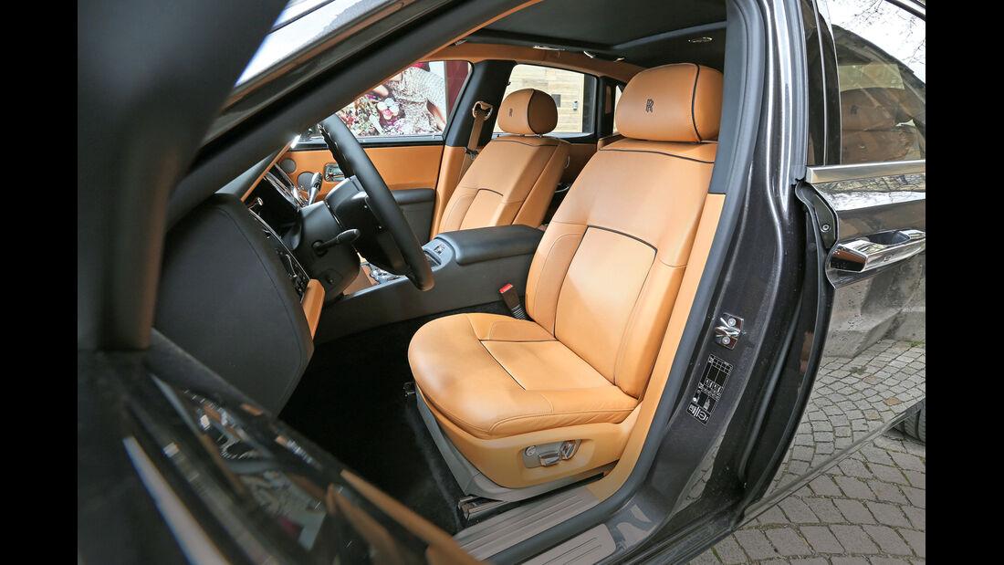 Rolls-Royce Ghost, Fahrersitz