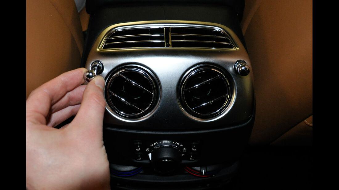 Rolls Royce Ghost, Fond, Rückbank, Mittelkonsole