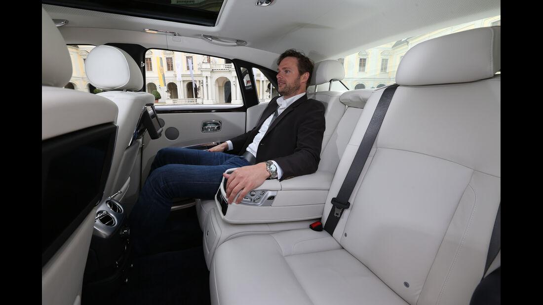 Rolls-Royce Ghost, Fondsitz, Beinfreiheit