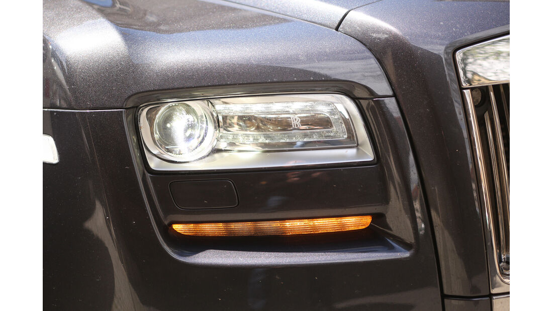 Rolls-Royce Ghost, Frontscheinwerfer