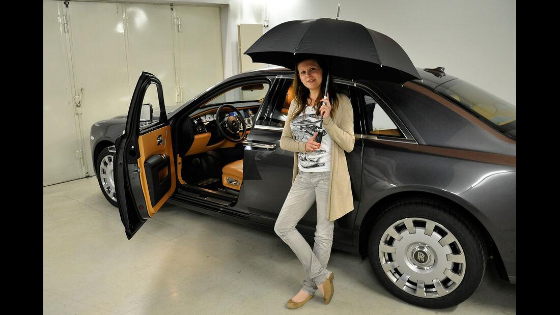 Rolls Royce Ghost, Innenraum, Regenschirm