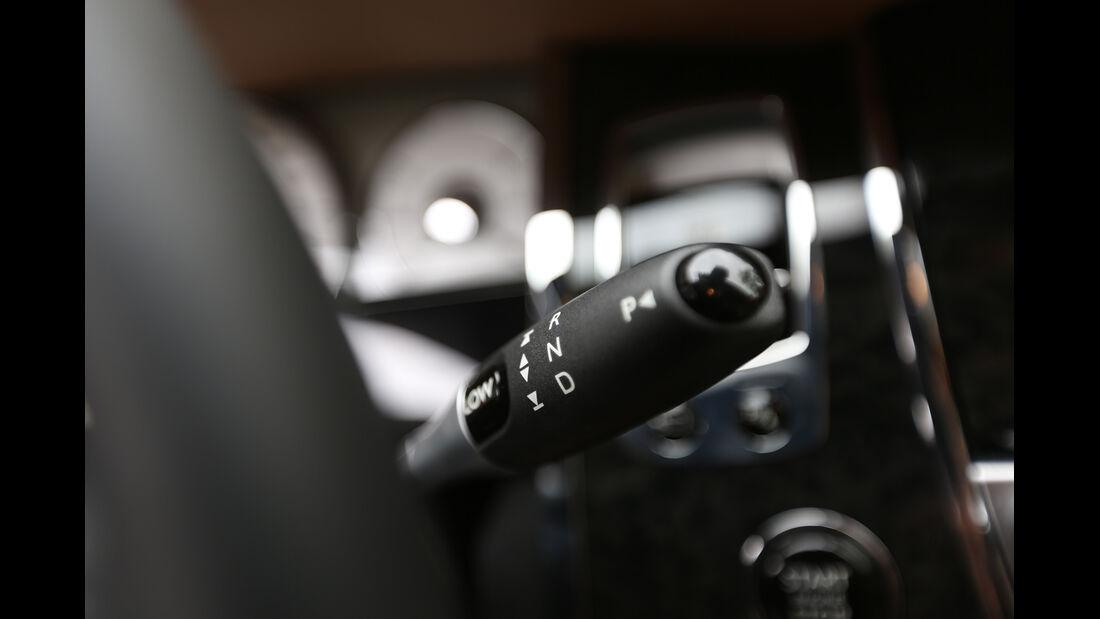 Rolls-Royce Ghost, Lenkradhebel