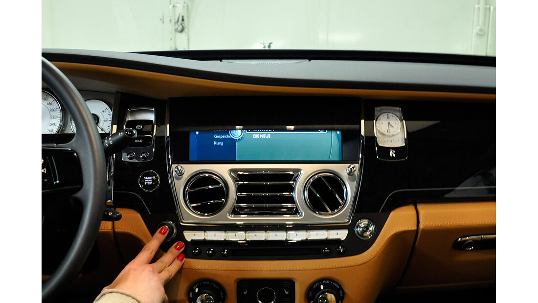 Rolls Royce Ghost, Mittelkonsole, Infotainment