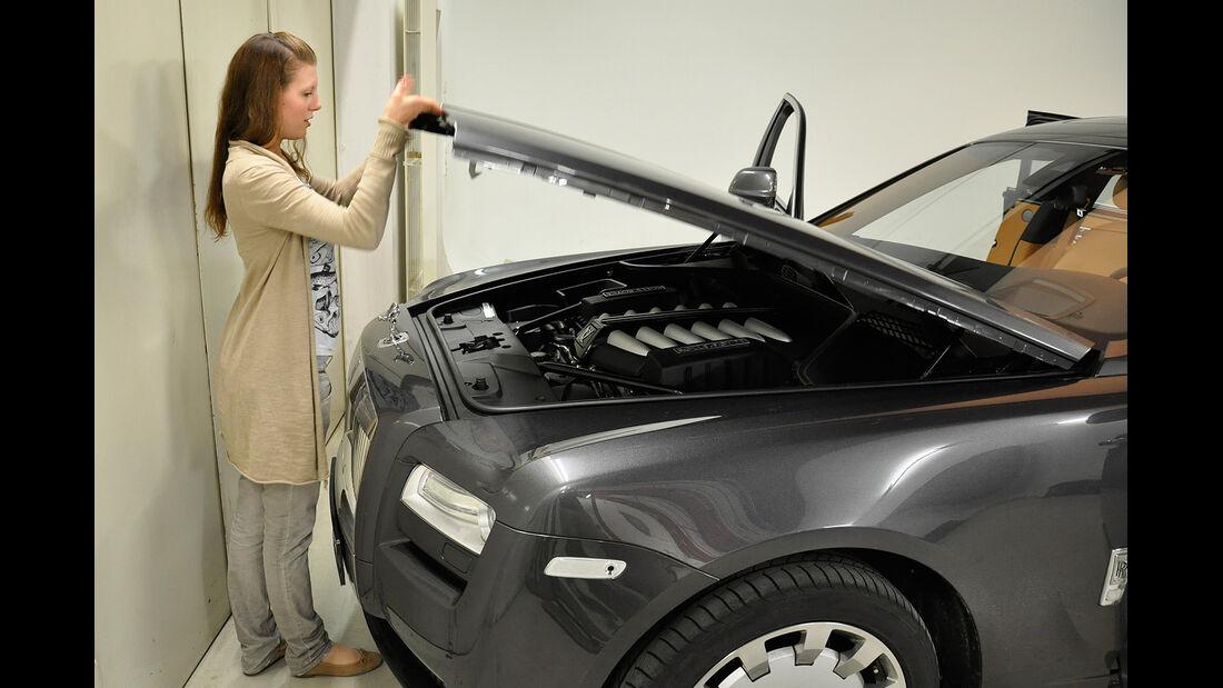 Rolls Royce Ghost, Motorhaube