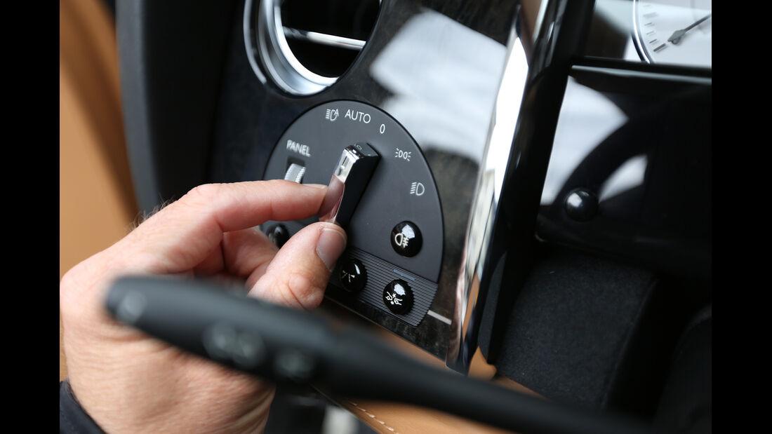 Rolls-Royce Ghost, Schalter