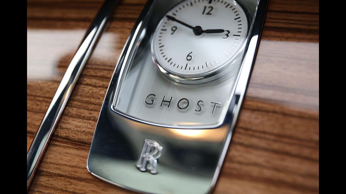 Rolls-Royce Ghost, Uhr