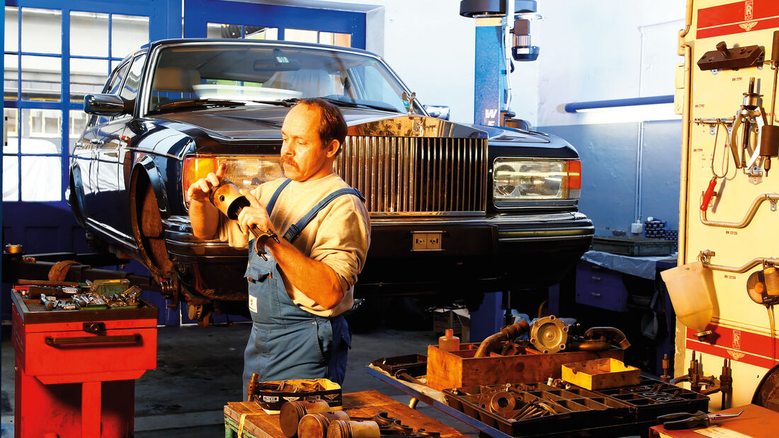 Rolls-Royce Silver Spirit, Frontansicht, Hebebühne