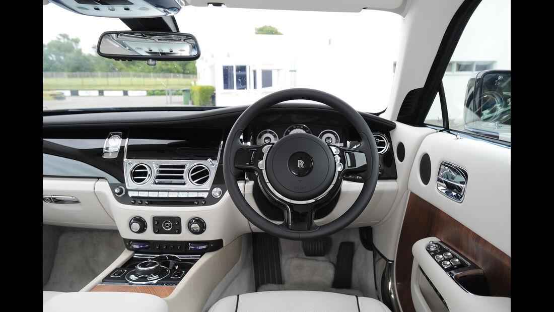 Rolls-Royce Wraith, Cockpit