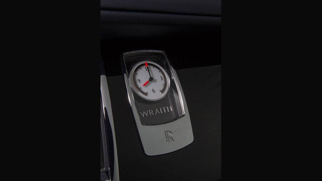 Rolls-Royce Wraith, Uhr