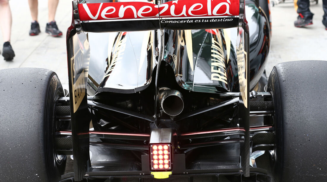 Romain Grosjean - Lotus - Formel 1 - GP Malaysia - Sepang - 29. März 2014