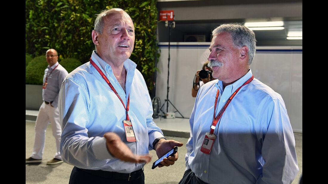 Ron Dennis & Chase Carey - Formel 1 - GP Singapur - 17. September 2016