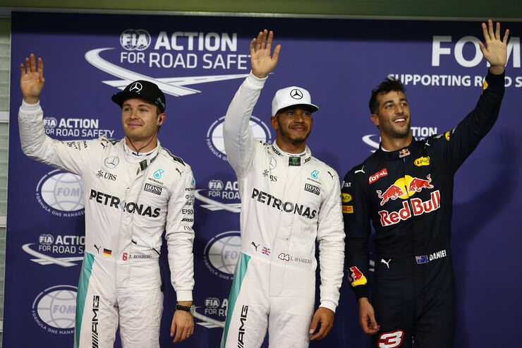 https://imgr1.auto-motor-und-sport.de/Rosberg-Hamilton-Ricciardo-Formel-1-GP-Abu-Dhabi-26-November-2016-fotoshowBig-a60391f5-993059.jpg