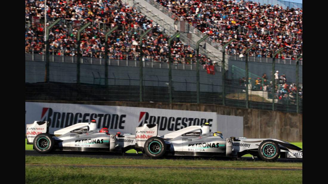 Rosberg Schumacher Mercedes GP