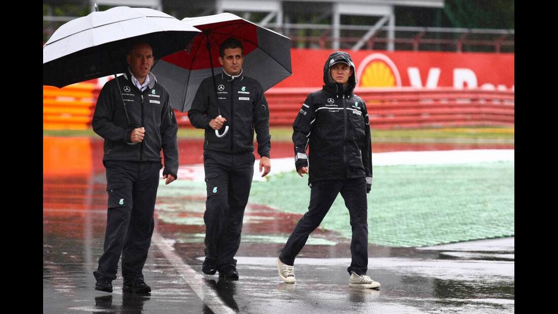Rosberg bei der Streckenbegehung