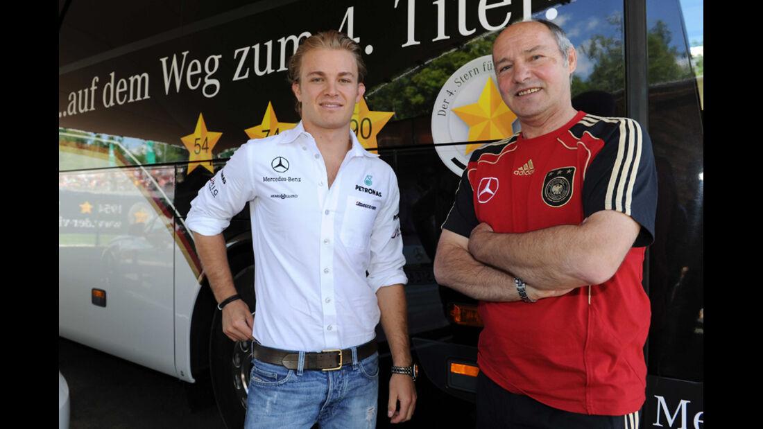 Rosberg und der DFB-Busfahrer
