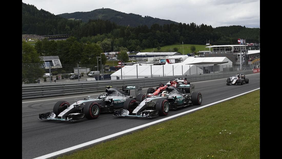 Rosberg vs. Hamilton - Formel 1 - GP Österreich 2015