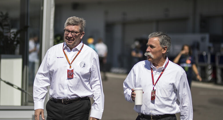 Ross Brawn & Chase Carey - GP Japan 2017