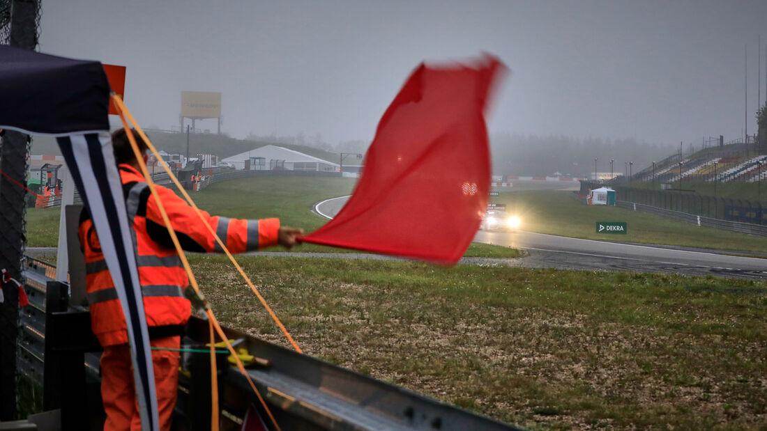 Rote Flagge - 24h-Rennen Nürburgring - Nürburgring-Nordschleife - 5. Juni 2021