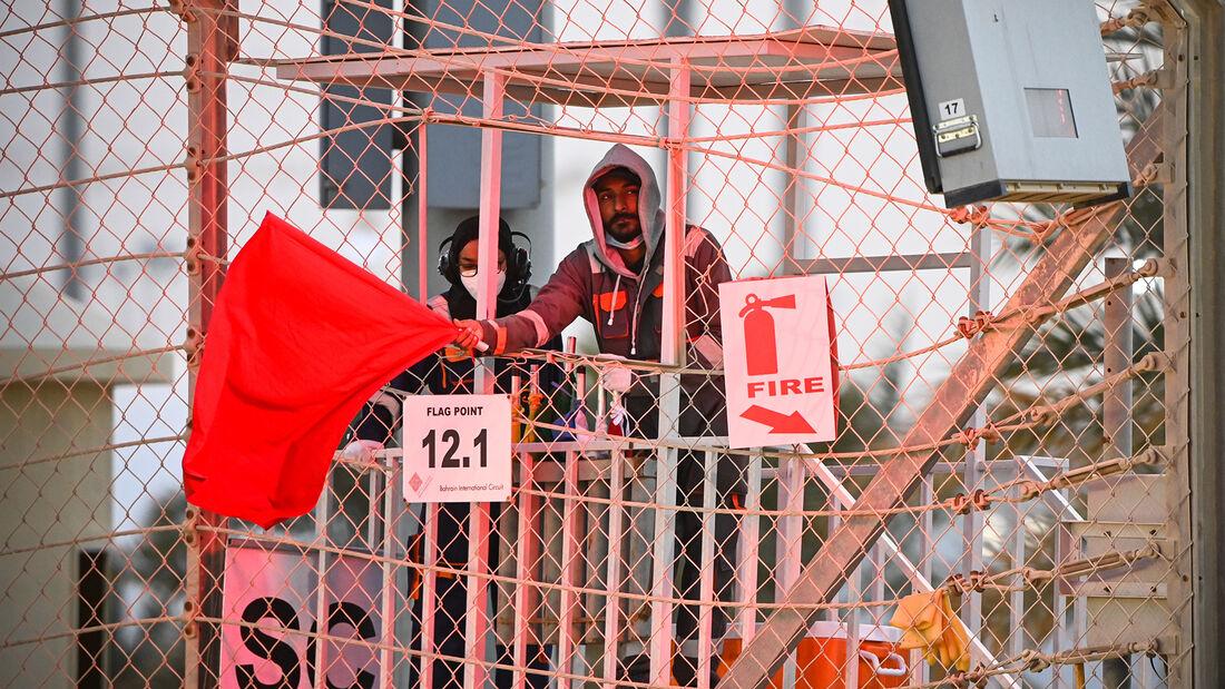 Rote Flagge - Formel 1 - Test - Bahrain - 13. März 2021