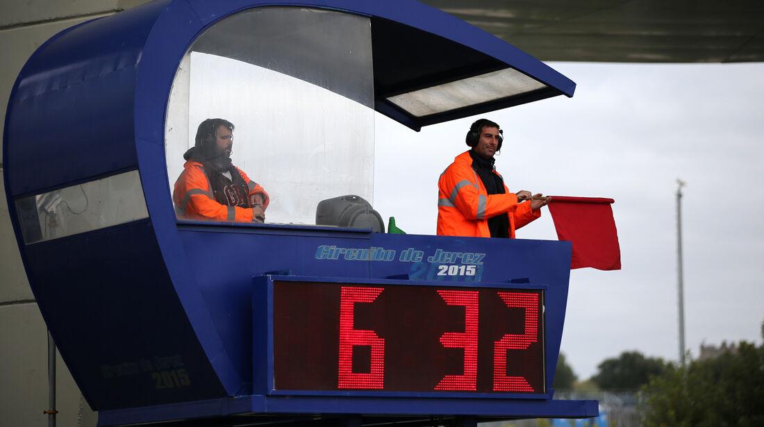 Rote Flagge - Formel 1-Test - Jerez - 3. Februar 2015