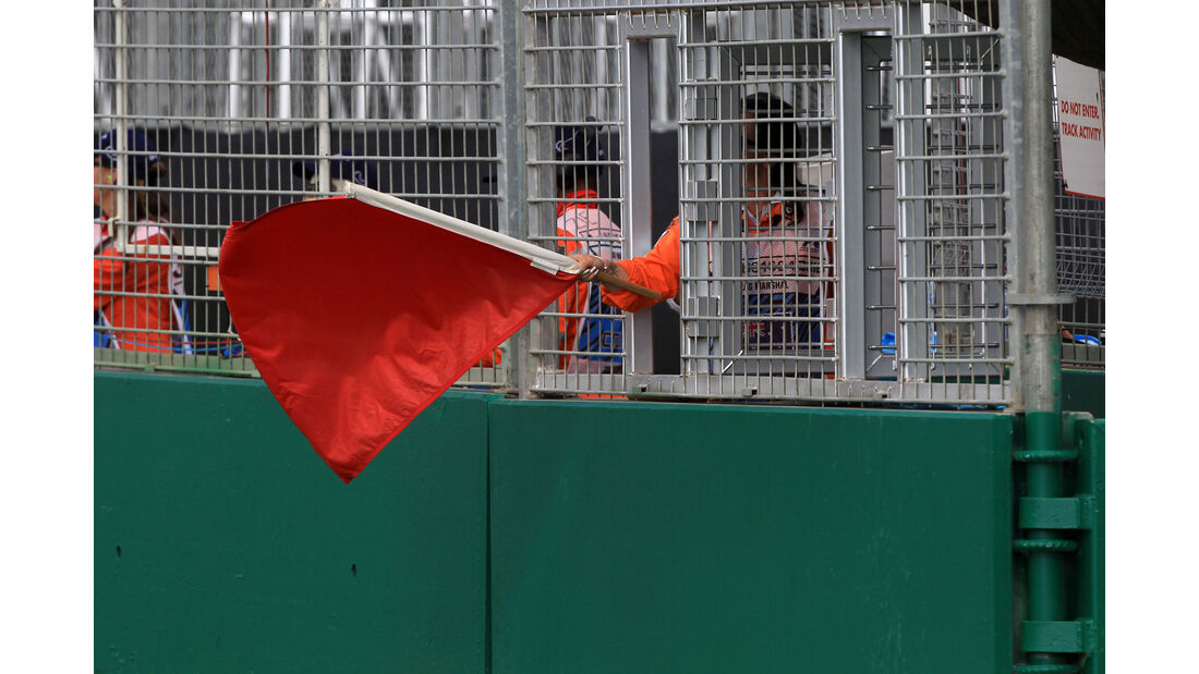 Rote Flagge - GP Australien 2016
