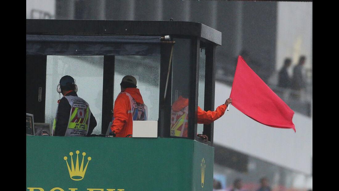 Rote Flagge - GP Japan 2014