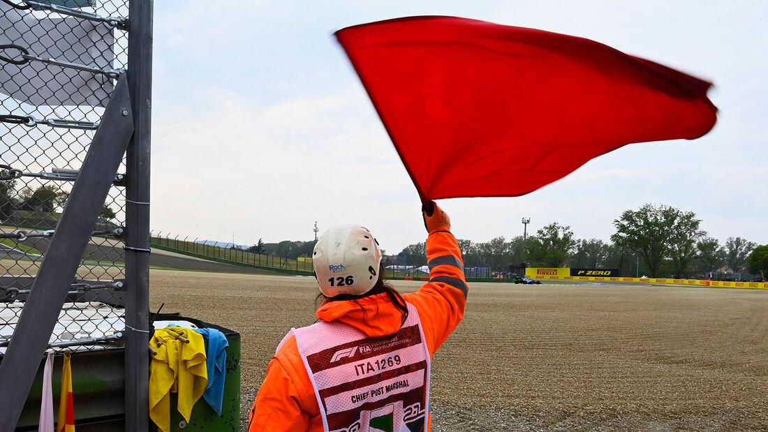Rote Flagge - Imola - Formel 1 - GP Emilia Romagna - 2021