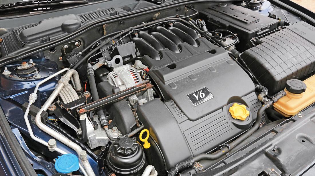 Rover 75 2.5 V6, Motor