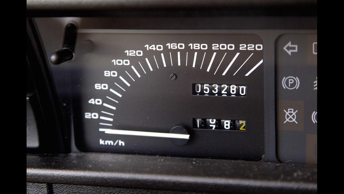 Rover Vitesse, Tacho, Rundinstrument