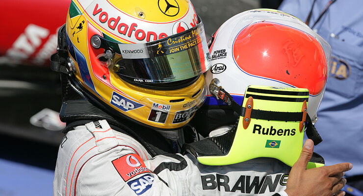 Rubens Barrichello und Lewis Hamilton