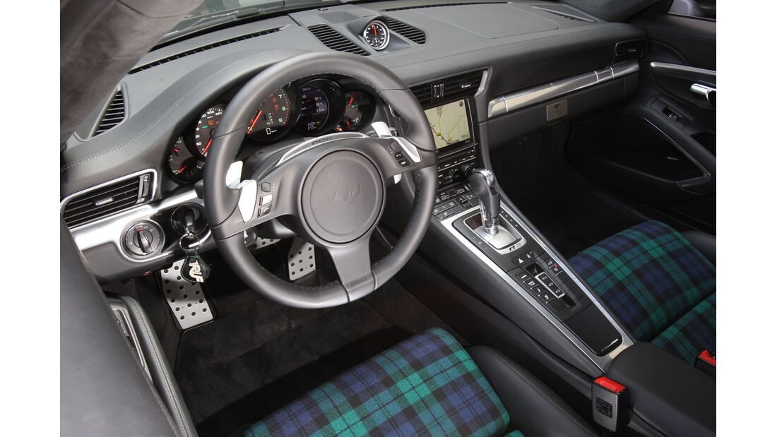 Ruf RT 35, Lenkrad, Cockpit