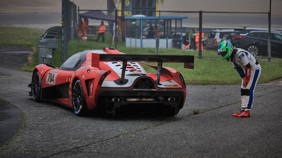 SCG004c - Glickenhaus Racing LLC - Startnummer #704 - 24h-Rennen Nürburgring - Nürburgring-Nordschleife - 5. Juni 2021