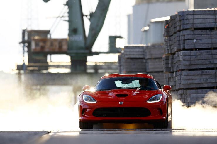 Dodge SRT Viper Test - AUTO MOTOR UND SPORT