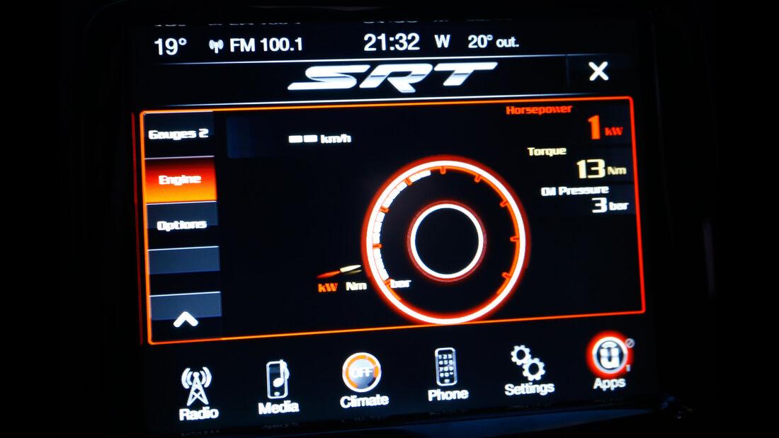 SRT Viper, Infotainment