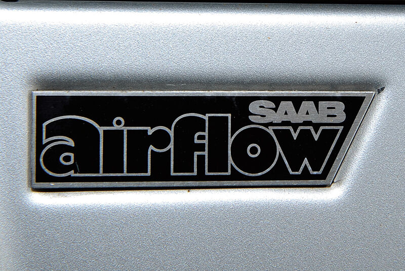 Saab 900 Turbo DeLuxe, Baujahr 1984 AirfolwSchriftzug