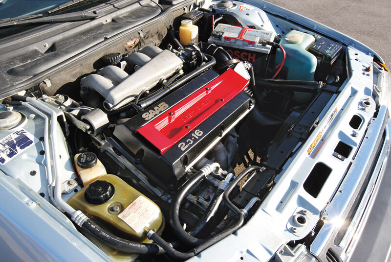 Saab 9000 CD, Motor
