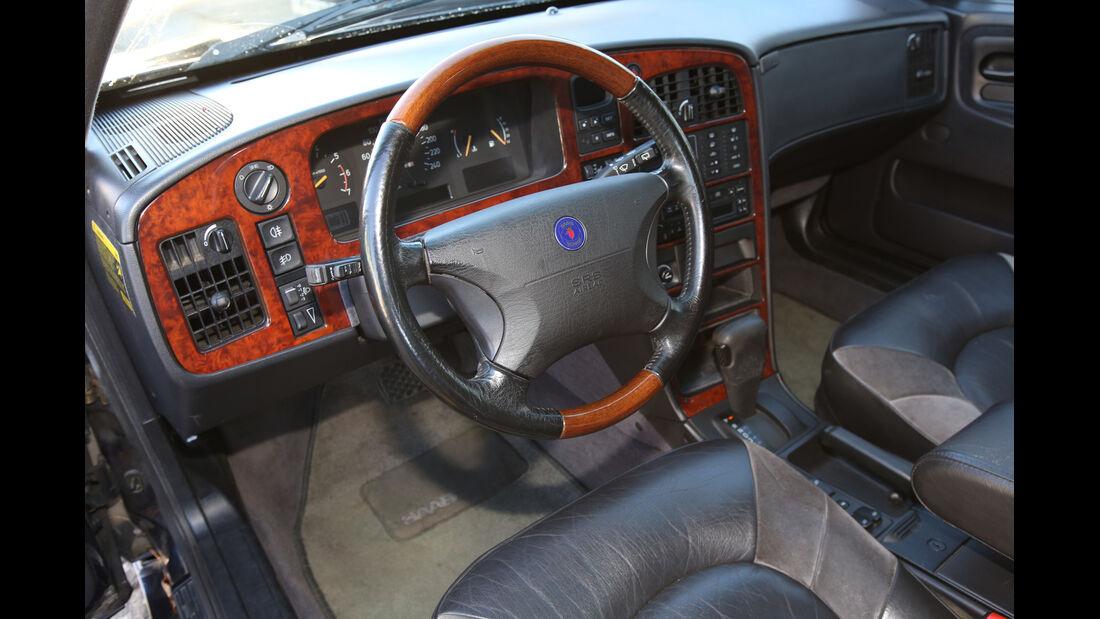 Saab 9000 CSE 2.0 T, Lenkrad
