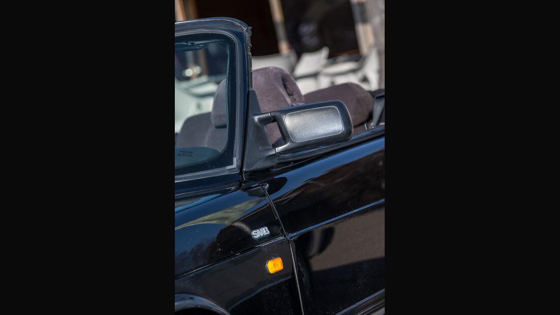 Saab 900i 16 Cabrio, Seitenspiegel