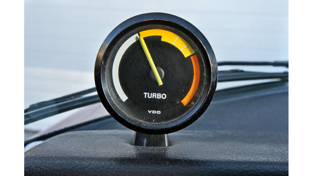 Saab 99 Turbo, Ladedruckanzeige