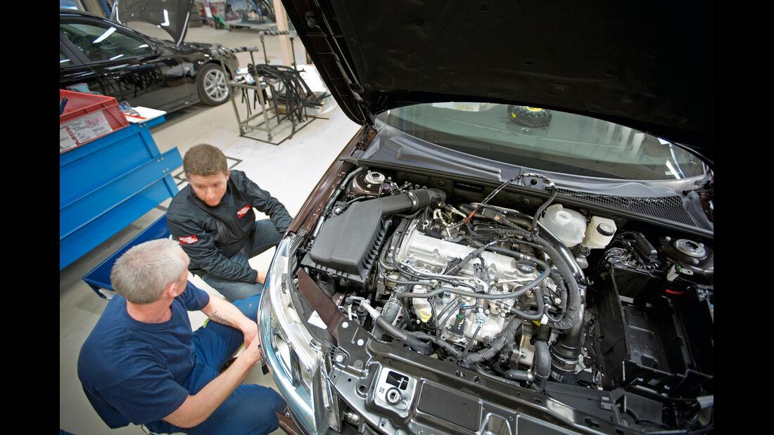 Saab, Arbeiter, Motor