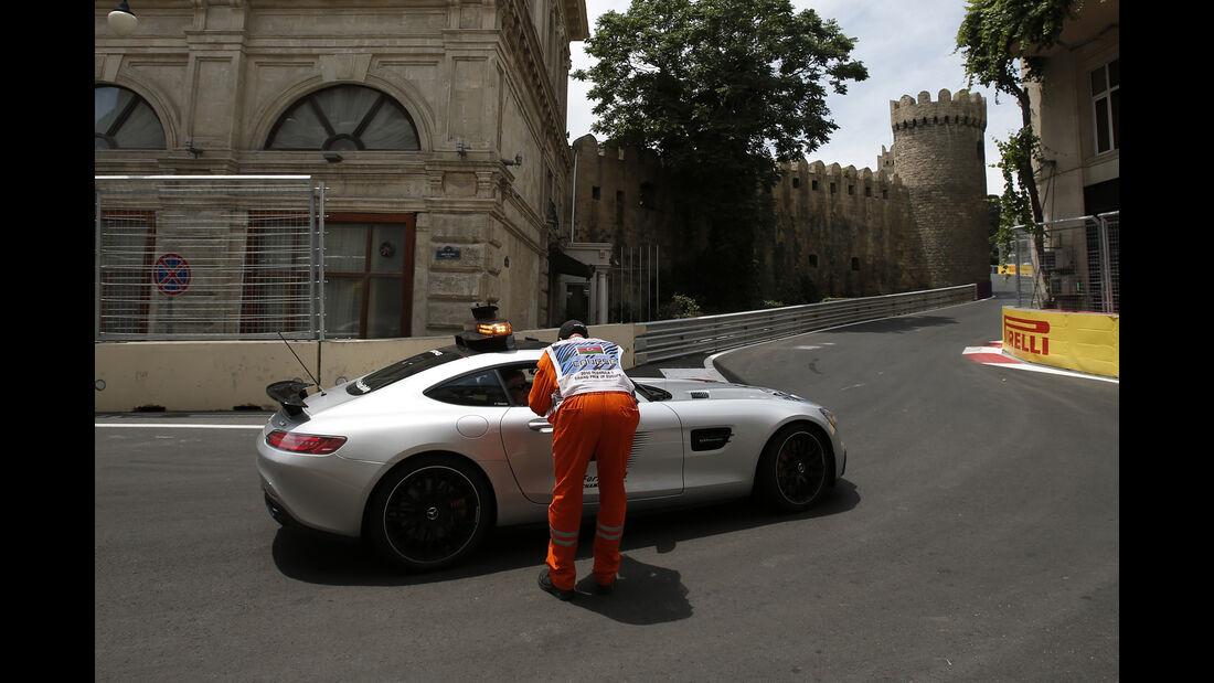 Safety-Car - Formel 1 - GP Aserbaidschan - Baku - 17. Juni 2016
