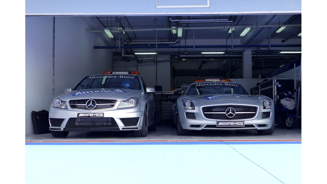 Safety-Car - Formel 1 - GP Bahrain - Sakhir - 4. April 2014