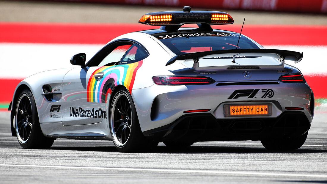 [Imagen: Safety-Car-Formel-1-GP-Oesterreich-Spiel...703458.jpg]