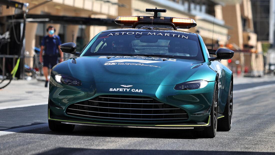 Safety-Car - Formel 1 - Test - Bahrain - 14. März 2021