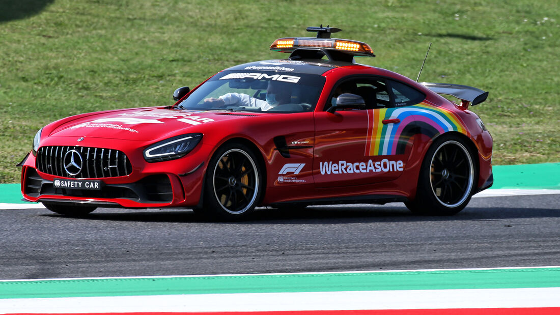 [Imagen: Safety-Car-GP-Toskana-Mugello-Formel-1-1...722575.jpg]
