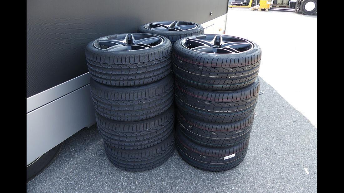 Safety-Car Reifen - Formel 1  - GP Italien - Monza - 31. August 2016